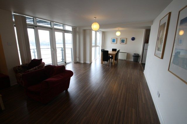 Thumbnail Flat to rent in Inverness Mews, London