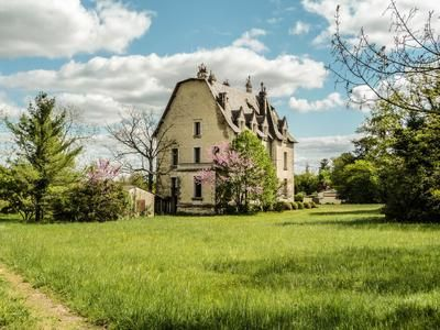 11 bed country house for sale in Fouqueure, Charente, France