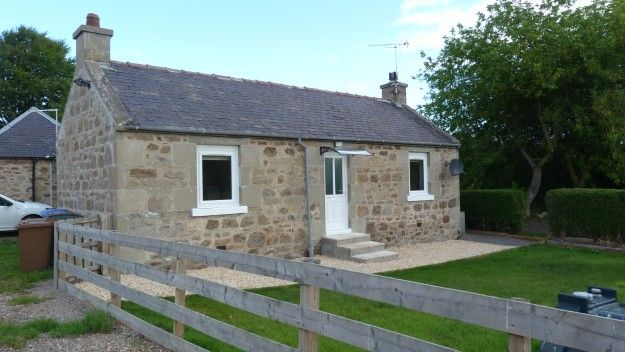 Thumbnail Cottage to rent in Southview, Lachlanwells, Alves, Forres