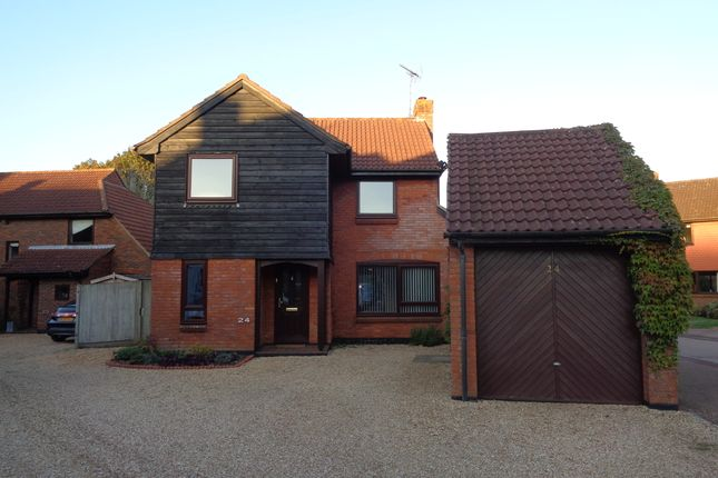 Thumbnail Detached house to rent in Little Fallow, Basingstoke