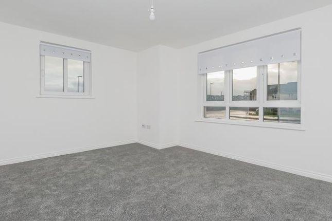 Thumbnail Flat to rent in Auld Coal Bank, Bonnyrigg