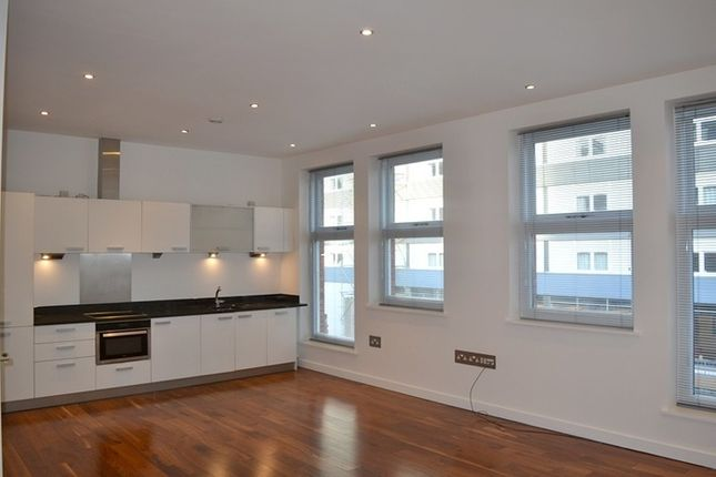 Thumbnail Property to rent in Clowes Street, Salford
