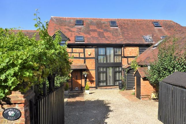 Thumbnail Barn conversion for sale in Hedgerley Lane, Gerrards Cross