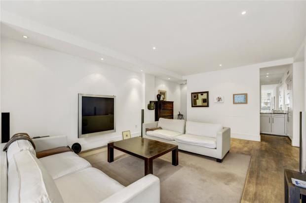 Thumbnail Flat for sale in Kean Street, Covent Garden