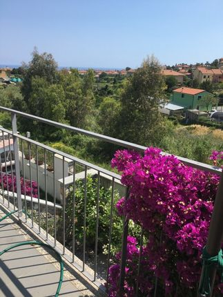 Thumbnail Apartment for sale in Alassio, Italy