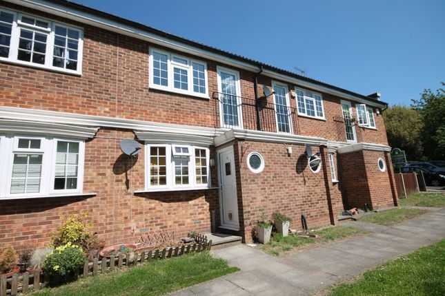 Thumbnail Flat to rent in Wynford Place, Grosvenor Road, Belvedere