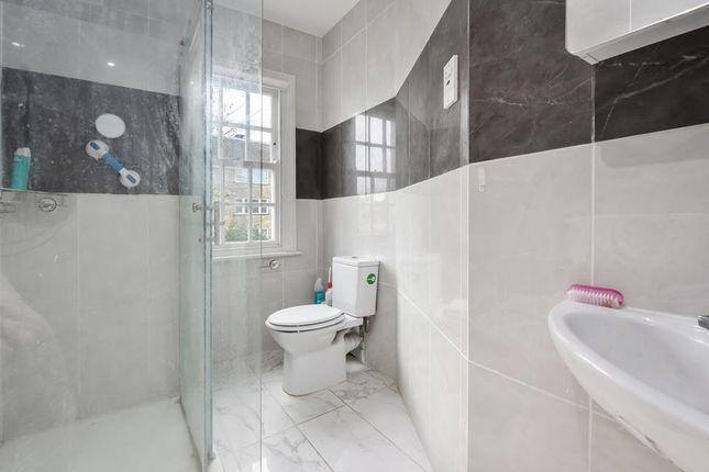Bathroom of Hanover Gardens, London SE11