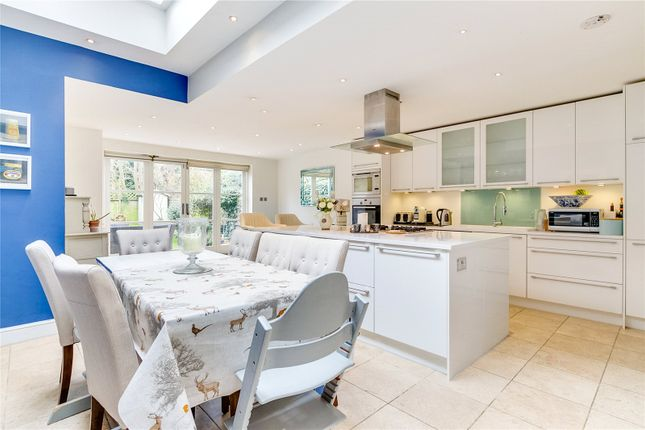 Thumbnail Terraced house for sale in Melody Road, London