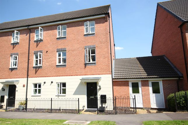 Thumbnail Town house for sale in College Green Walk, Mickleover, Derby