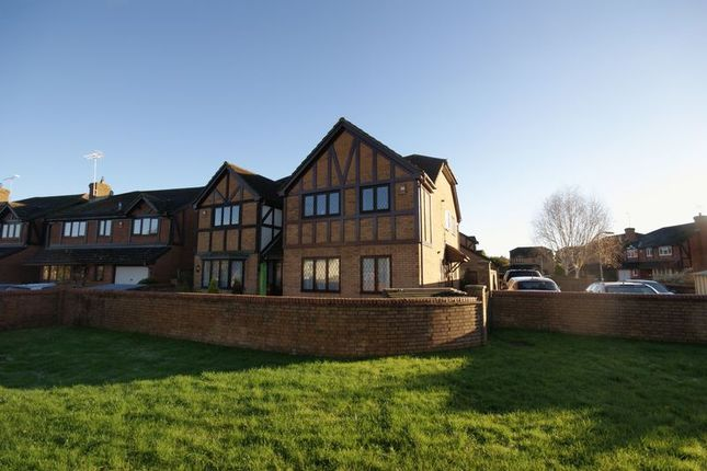 Thumbnail Maisonette to rent in Downs View, Holybourne, Alton