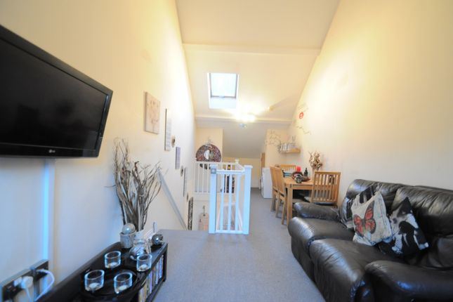 Thumbnail Flat for sale in Apt6 12 Franklin Street, North Humberside