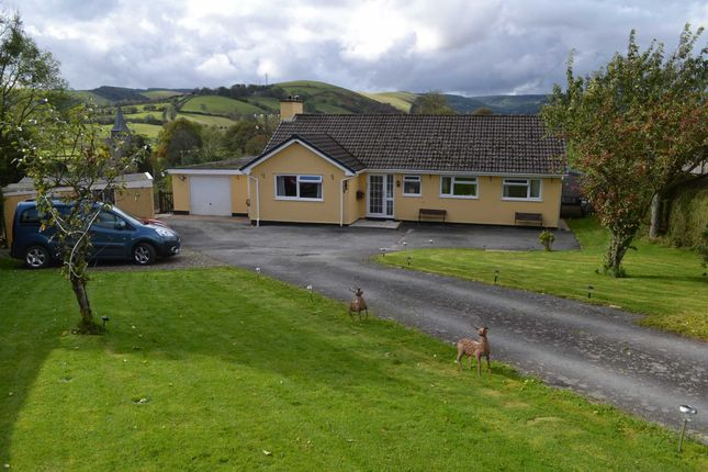 Thumbnail Bungalow for sale in Cae Capel, Llangurig, Llanidloes, Powys