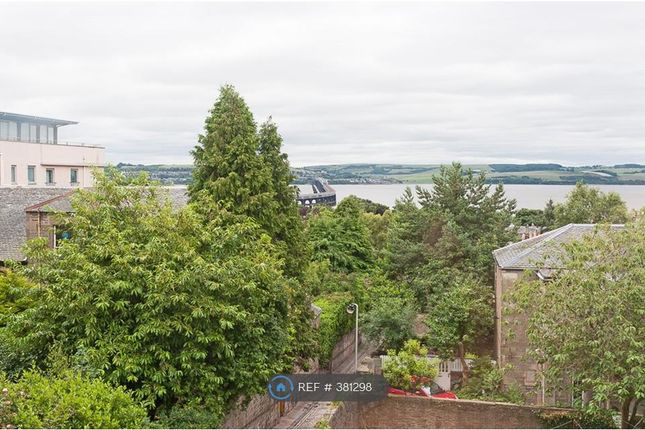 2 bed flat to rent in Perth Road, Dundee