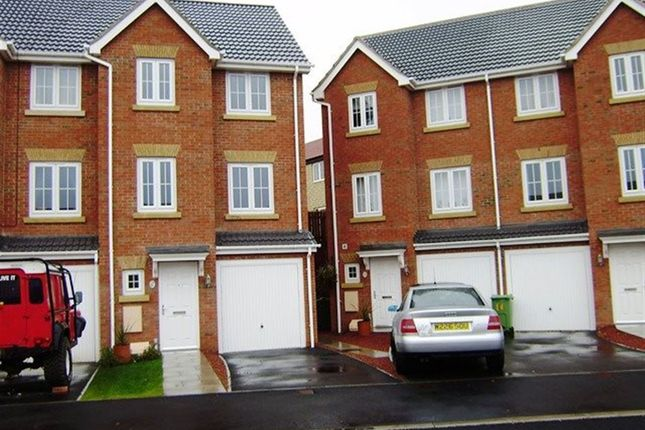 Thumbnail Terraced house to rent in The Wharf, Knottingley