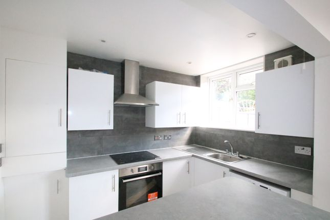 3 bed end terrace house to rent in Carnforth Road, Streatham, London SW16