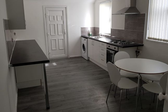 Thumbnail Room to rent in Garnett Avenue, Liverpool