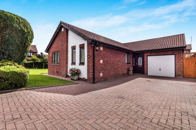 Thumbnail Bungalow for sale in Selkirk Grove, Northburn Lea, Cramlington, Northumberland