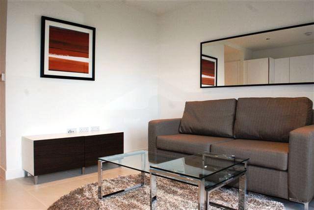 Studio to rent in Binnacle House, Cobblestone Square, Wapping