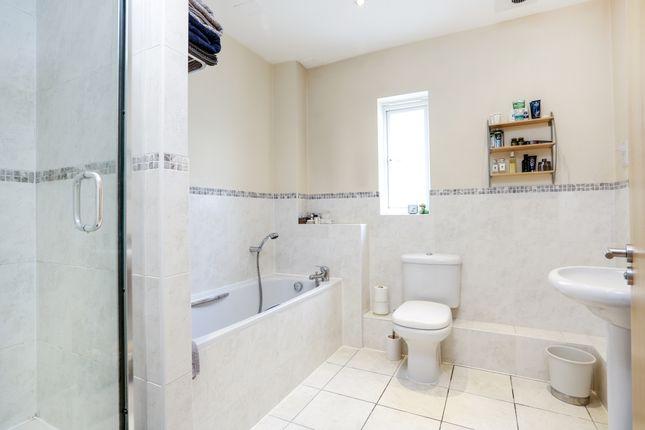 Bathroom of Wimbledon Hill Road, London SW19