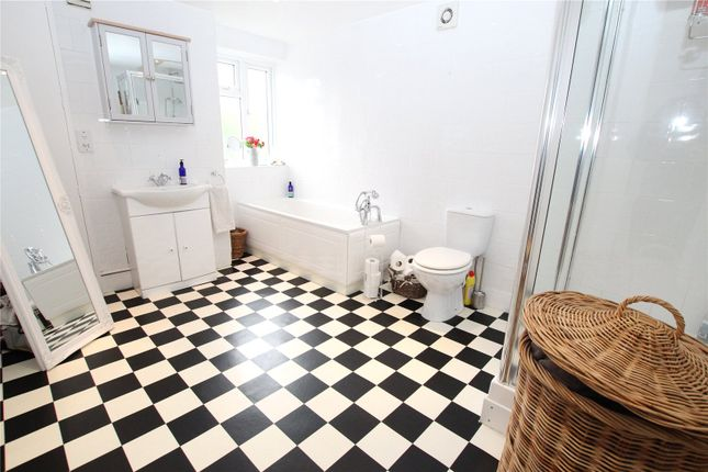Bathroom of Paget Terrace, Woolwich, London SE18