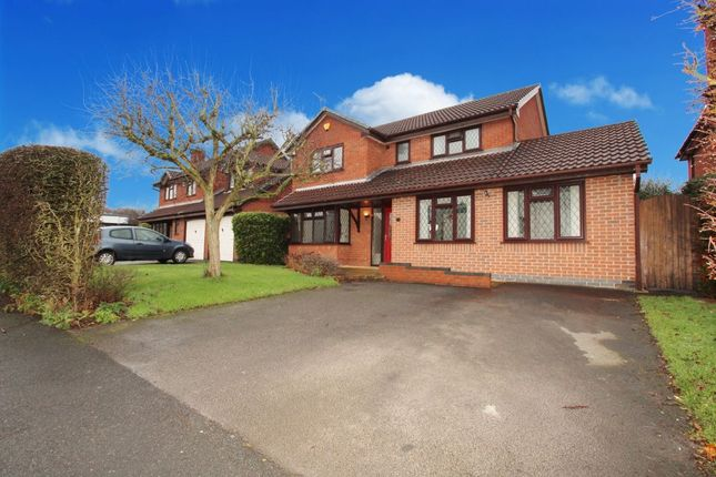 Thumbnail Detached house for sale in Sutton Passeys Crescent, Wollaton, Nottingham