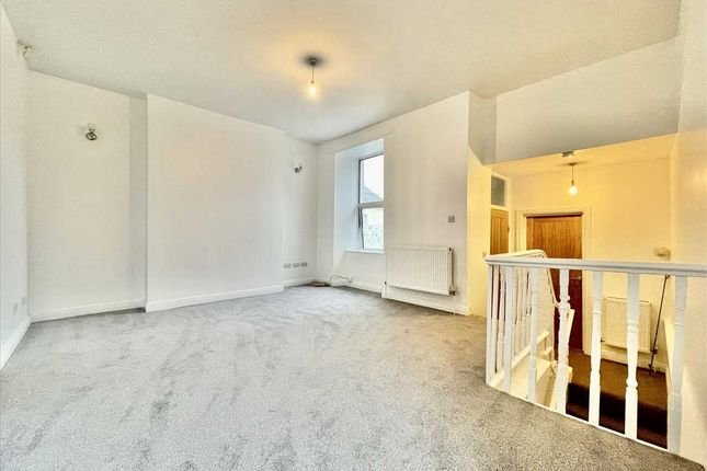 Thumbnail Flat to rent in St. Levan Road, Plymouth