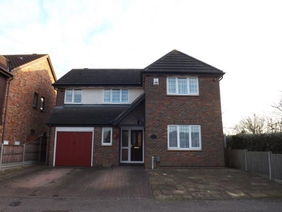 Thumbnail Detached house for sale in Kestrel Way, Sandy, Bedfordshire, .