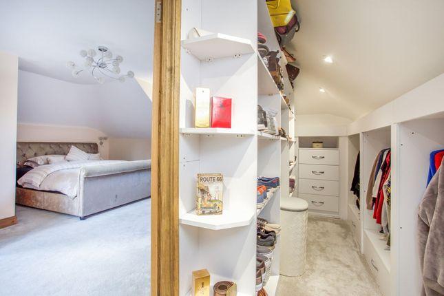Dressing Room of Scotland Farm Road, Ash Vale GU12