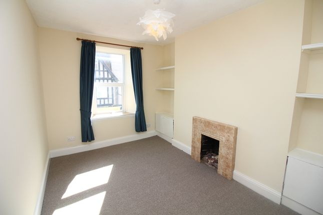Bedroom 1 of Charles Street, Milford Haven SA73
