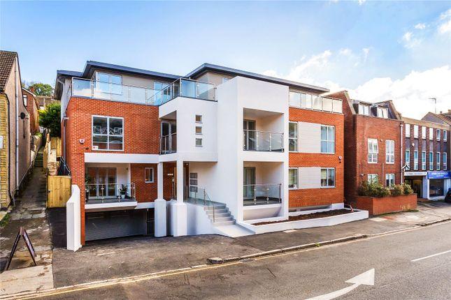 Thumbnail Flat for sale in Croydon Road, Caterham, Surrey