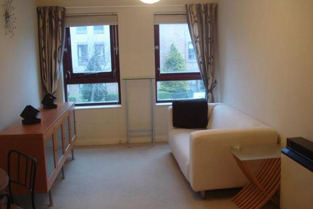 Thumbnail Flat to rent in South Maybury, Edinburgh