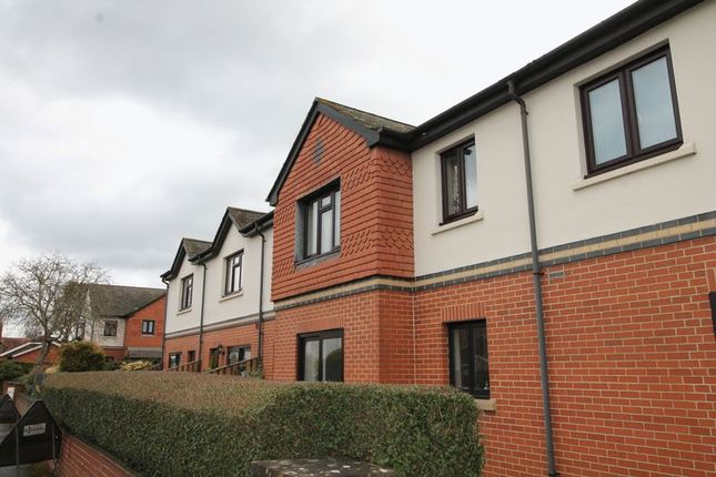 Thumbnail Flat for sale in Barnwood Road, Barnwood, Gloucester
