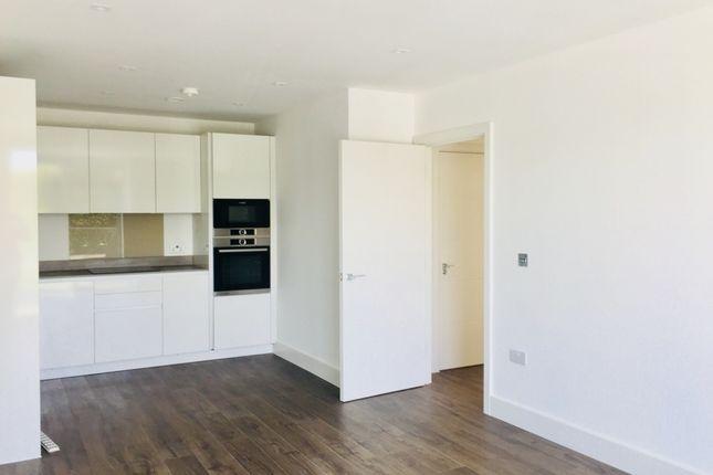 Thumbnail Flat to rent in Brunswick Square, Orpington