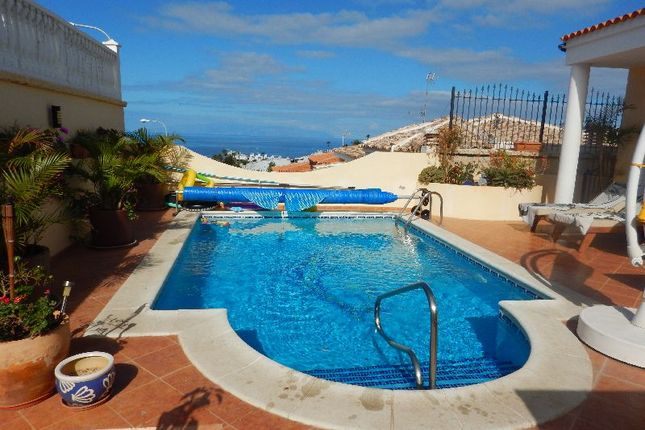 3 bed villa for sale in San Eugenio Alto, Tenerife, Spain