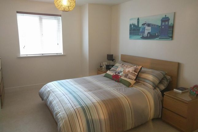 Thumbnail Flat to rent in Admirals House, Gisors Road
