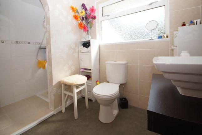 Shower of Century Drive, Northam, Bideford EX39