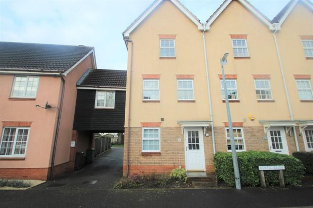 Thumbnail Terraced house to rent in Rustic Close, Braintree