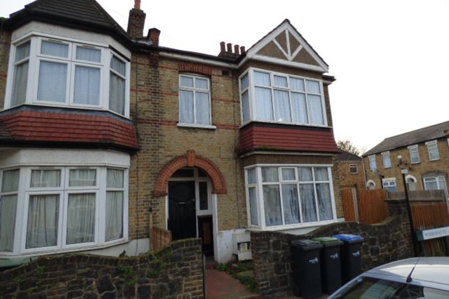 Thumbnail Shared accommodation to rent in Wimborne Road, London