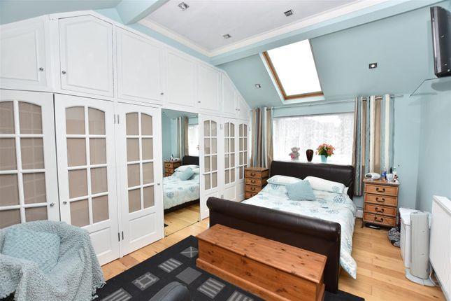 Master Bedroom of Drudgeon Way, Bean, Dartford DA2