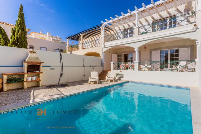4 bed town house for sale in Vilamoura, 8125, Portugal
