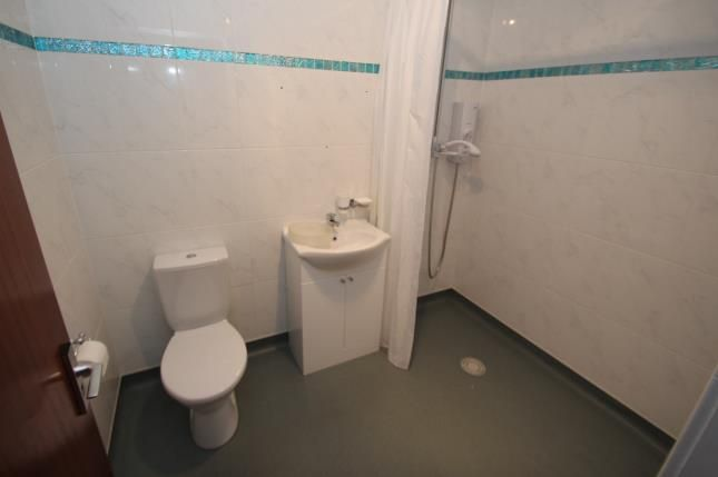Wet Room of Belville Street, Greenock PA15