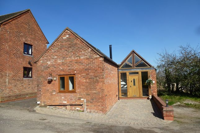 Thumbnail Barn conversion for sale in Claypit Lane, Lichfield