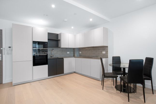 1 bed flat to rent in New Tannery Way, London SE1