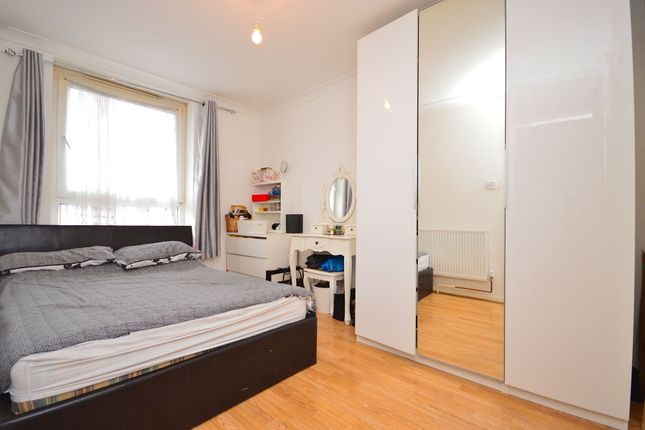 Brownfield Street, (Double Room), Poplar, London E14
