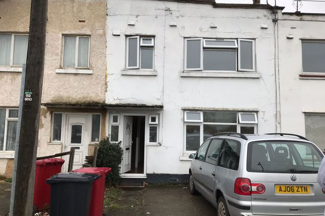 Thumbnail Terraced house to rent in Bath Road, Slough