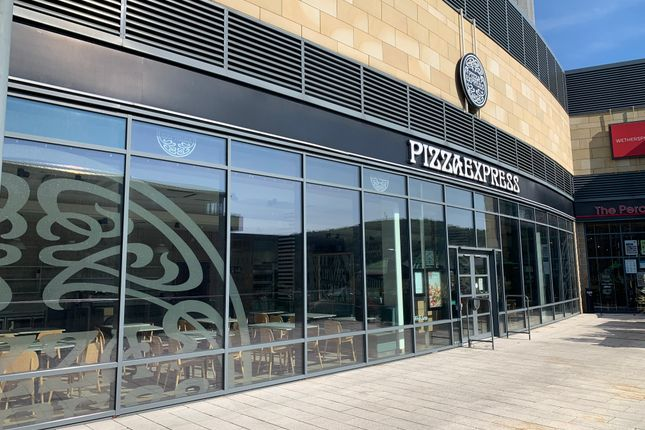 Thumbnail Restaurant/cafe to let in Broad Street, Halifax