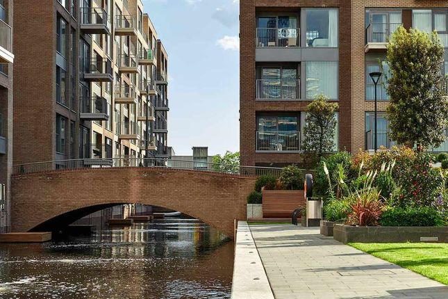 Flat for sale in Lockside House, Chelsea Creek, London