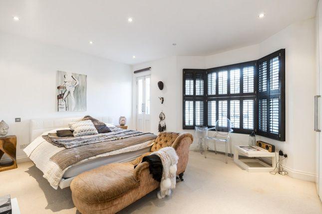 Thumbnail Terraced house for sale in Burnfoot Avenue, London