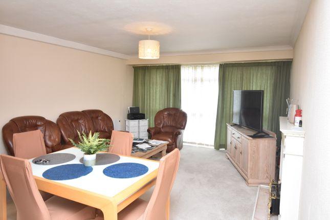 Living Room of Priory Road, Newbury RG14
