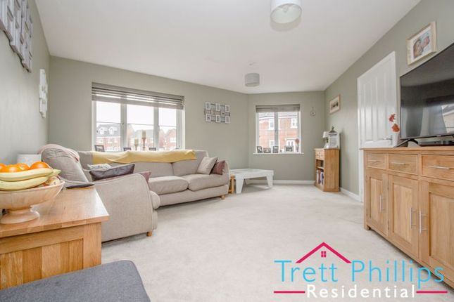 3 bed semi-detached house for sale in Hobart Lane, Aylsham, Norwich NR11